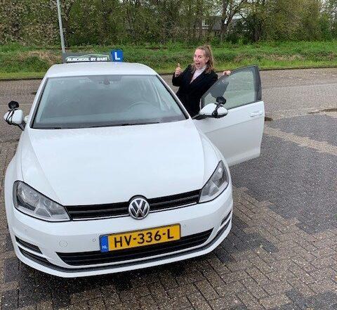 Sanne Meijer geslaagd @ rijschoolbybart.nl